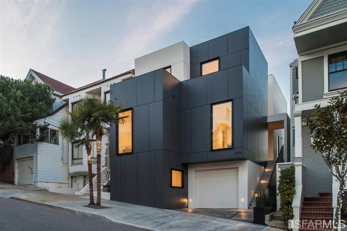 cubehousefront